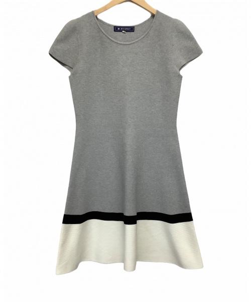 MS GRACY(エムズグレイシー)MS GRACY (エムズグレイシー) S/Sニットワンピース ホワイト×グレー サイズ:38の古着・服飾アイテム