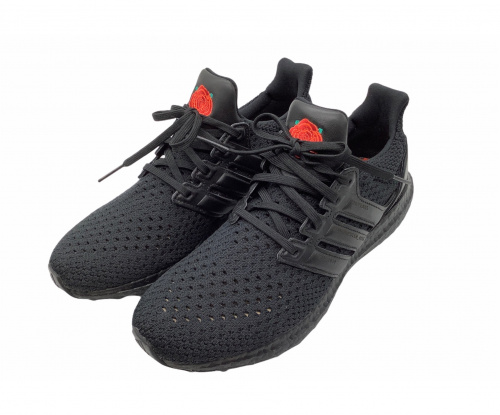 adidas(アディダス)adidas (アディダス) スニーカー ブラック サイズ:US 8/JP 260 UltraBoost MANCHESTER UNITED EG8088の古着・服飾アイテム