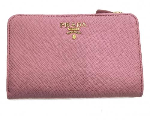 PRADA(プラダ)PRADA (プラダ) 2つ折り財布 ピンク 1ML225 サフィアーノレザーの古着・服飾アイテム