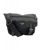 PRADA(プラダ)の古着「ナイロンメッセンジャーバッグ」|ブラック