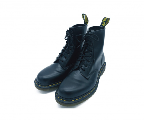 Dr.Martens(ドクターマーチン)Dr.Martens (ドクターマーチン) 8ホールブーツ ブラック サイズ:UK 9の古着・服飾アイテム