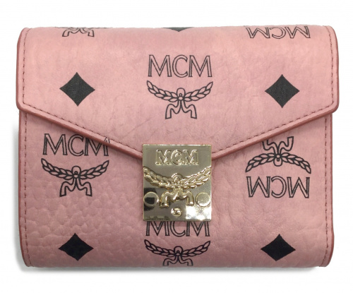 MCM(エムシーエム)MCM (エムシーエム) 3つ折り財布 ピンク MYS 7APA12 PZ001の古着・服飾アイテム