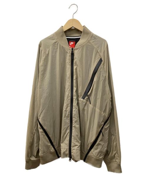 NIKE(ナイキ)NIKE (ナイキ) AS M NSW TCH HYPRMSH VRSTY JKT ベージュ サイズ:XLの古着・服飾アイテム