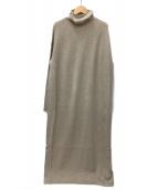 VERMEIL par iena(ヴェルメイユ パー イエナ)の古着「ハイネックロングワンピース」|ベージュ