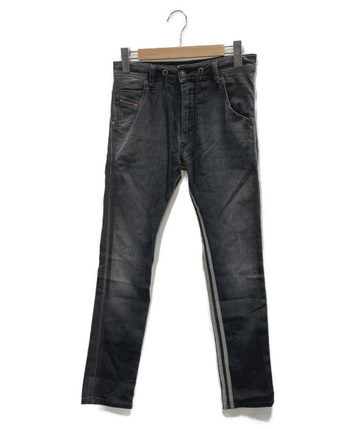 DIESEL(ディーゼル)DIESEL (ディーゼル) ジョグジーンズ グレー サイズ:26 KROOLEY-X-SP2-NEの古着・服飾アイテム