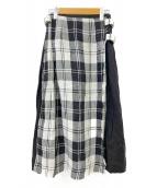 ONEILL(オニール)の古着「アイリッシュリネンバックル付きフレアスカート」|ブラック×ホワイト