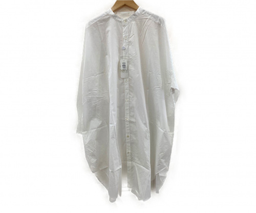 universal tissu(ユニバーサルティシュ)UNIVERSAL TISSU (ユニバーサルティシュ) スタンドカラーシャツ ホワイト サイズ:FREEサイズの古着・服飾アイテム