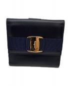 Salvatore Ferragamo(サルヴァトーレ フェラガモ)の古着「3つ折り財布」 ネイビー×ゴールド