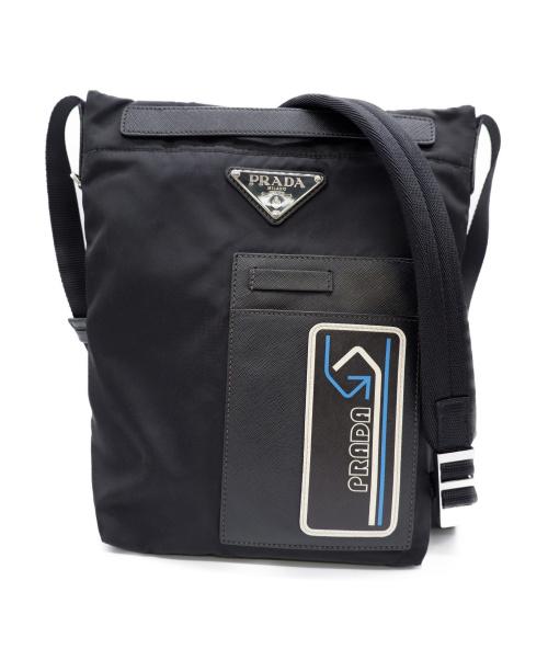 PRADA(プラダ)PRADA (プラダ) ショルダーバッグ ブラック 三角ロゴプレート 2VH052の古着・服飾アイテム
