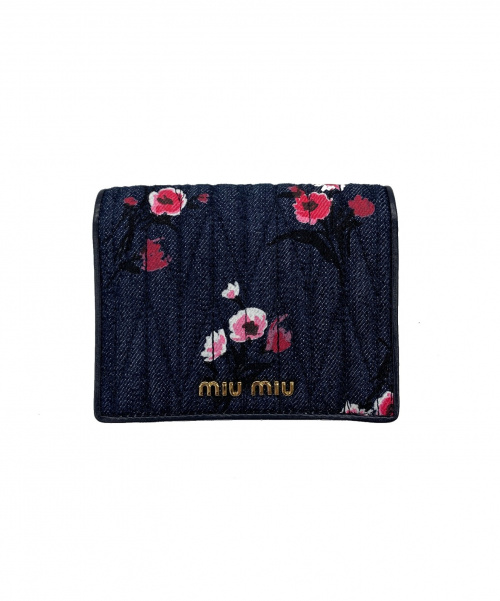 MIU MIU(ミュウミュウ)MIU MIU (ミュウミュウ) 2つ折り財布 ネイビー デニム 花柄の古着・服飾アイテム