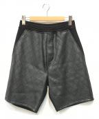NEIL BARRETT(ニールバレット)の古着「キルトPU切替スウェットショーツ」 ブラック