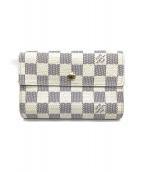 LOUIS VUITTON(ルイヴィトン)の古着「3つ折り財布」|ホワイト