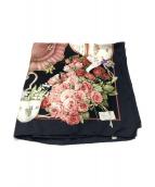 GUCCI(グッチ)の古着「大判シルクスカーフ」|ブラック×ピンク