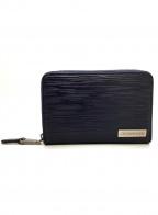 Calvin Klein(カルバンクライン)の古着「ラウンドファスナー財布」|ブラック