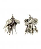 TOGA PULLA(トーガプルラ)の古着「Leaf earrings」