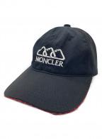 MONCLER()の古着「ロゴ刺繍6パネルベースボールキャップ」 ブラック×レッド