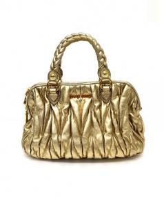 MIUMIU(ミュウミュウ)の古着「ハンドバッグ」|ゴールド