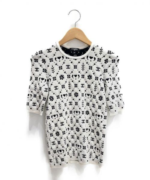 CHANEL(シャネル)CHANEL (シャネル) スノーココマーク半袖ニット ホワイト サイズ:34の古着・服飾アイテム