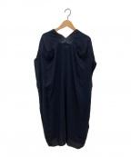 MARNI(マルニ)の古着「Vネックワンピース」|ブラック