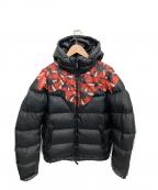 MARCELO BURLON(マルセロバーロン)の古着「ダウンジャケット」|ブラック×レッド