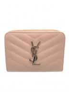 Yves Saint Laurent(イヴサンローラン)の古着「2つ折り財布」|ライトピンク