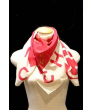 CHANEL(シャネル)の古着「シルクスカーフ」|ホワイト×レッド