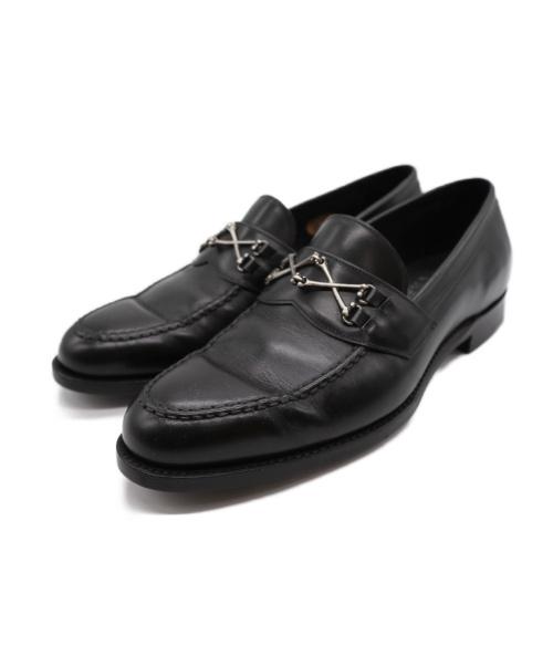 Barker Black(バーカーブラック)Barker Black (バーカーブラック) クロスボーンカーフレザーローファー ブラック サイズ:71/2の古着・服飾アイテム