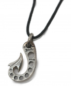 BILL WALL LEATHER(ビルウォールレザー)の古着「Fish Hook Charm with Holes」