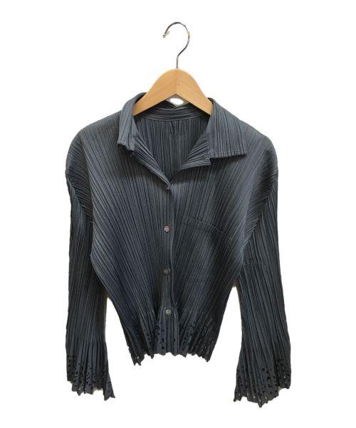 PLEATS PLEASE(プリーツプリーズ)PLEATS PLEASE (プリーツプリーズ) カットワークプリーツシャツ グレー サイズ:3の古着・服飾アイテム