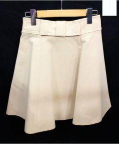 Kate Spade(ケイトスペード)の古着「フロントリボンフレアスカート」 ベージュ
