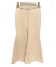 AKIRA NAKA(アキラナカ)の古着「リブクロップドフレアパンツ」|ベージュ