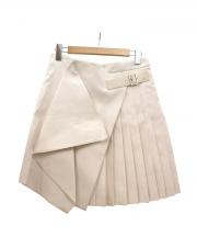 Salvatore Ferragamo(サルヴァトーレ フェラガモ)の古着「シツク混プリーツラップスカート」 ホワイト