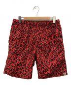 A BATHING APE()の古着「Leopard camo nylon shorts」|レッド×ブラック