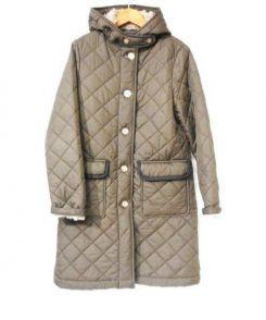 Traditional Weatherwear(トラディショナルウェザーウェア)の古着「グランジフーデットキルティングコート」 カーキ
