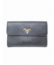 PRADA(プラダ)の古着「3つ折り財布」