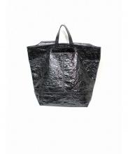 ALEXANDER WANG(アレキサンダーワン)の古着「PVCシワ加工トートバッグ」 ブラック