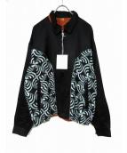 FLAGSTUFF(フラッグスタッフ)の古着「プリントサテンブルゾン」|ブラック