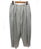 ELIN(エリン)の古着「リネン混裾紐デザインタックテーパードパンツ」|グレー