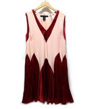 Marc by Marc Jacobs(マークバイマークジェイコブス)の古着「ノースリーブシルクワンピース」|ピンク×レッド