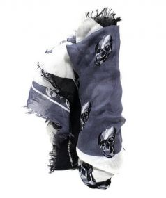 ALEXANDER McQUEEN(アレキサンダーマックイーン)の古着「スカル柄シルク混ストール」|ホワイト×ブラック