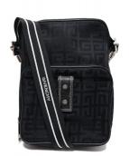 GIVENCHY(ジバンシー)の古着「ナイロンショルダーバッグ」|ブラック
