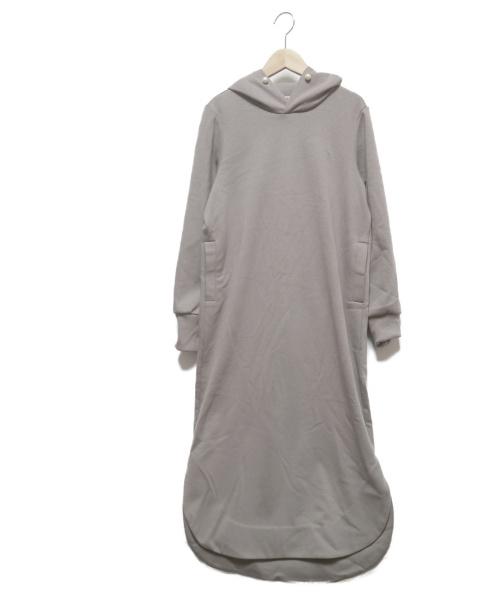 HERENCIA(ヘレンチア)HERENCIA (ヘレンチア) パール付フーディワンピース グレー サイズ:M 未使用品の古着・服飾アイテム