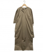 VERMEIL par iena(ヴェルメイユパーイエナ)の古着「Riopeleバックラッフルサックワンピース」 ベージュ