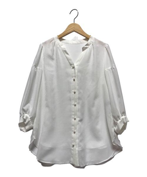 JUSGLITTY(ジャスグリッティー)JUSGLITTY (ジャスグリッティー) パール釦ブラウス ホワイト サイズ:2(下記参照)の古着・服飾アイテム