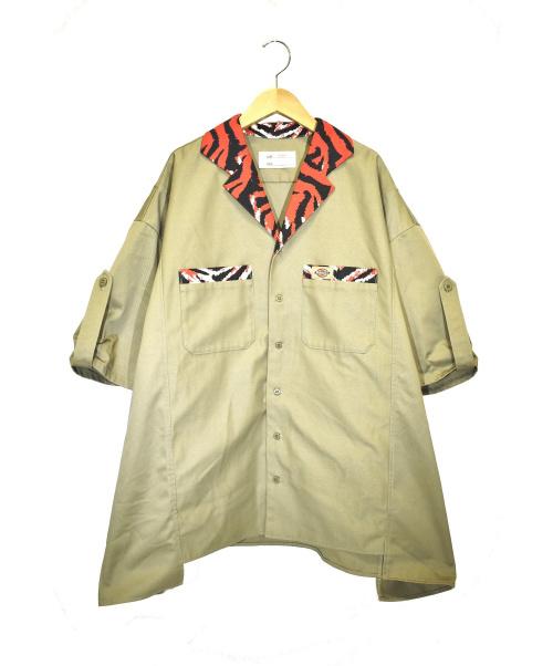 77circa(ナナナナサーカ)77circa (ナナナナサーカ) コットンオーバーサイズワークシャツ ベージュ サイズ:F DK006387の古着・服飾アイテム