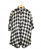 ssz(エスエスゼット)の古着「オーバーサイズシャツ」|ライトグレー×ブラック