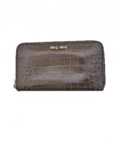 MIU MIU(ミュウミュウ)の古着「ラウンドファスナー財布」 ブラウン