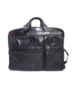 TUMI(トゥミ)の古着「レザーブリーフケース バッグ」 ブラック