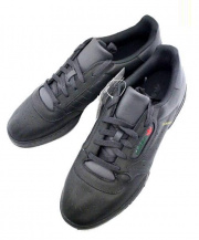 adidas(アディダス)の古着「YEEZY POWERPHASE スニーカー」 コアブラック