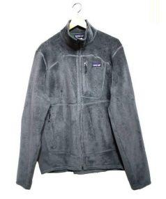 Patagonia(パタゴニア)の古着「R2フリースジャケット」|グレー